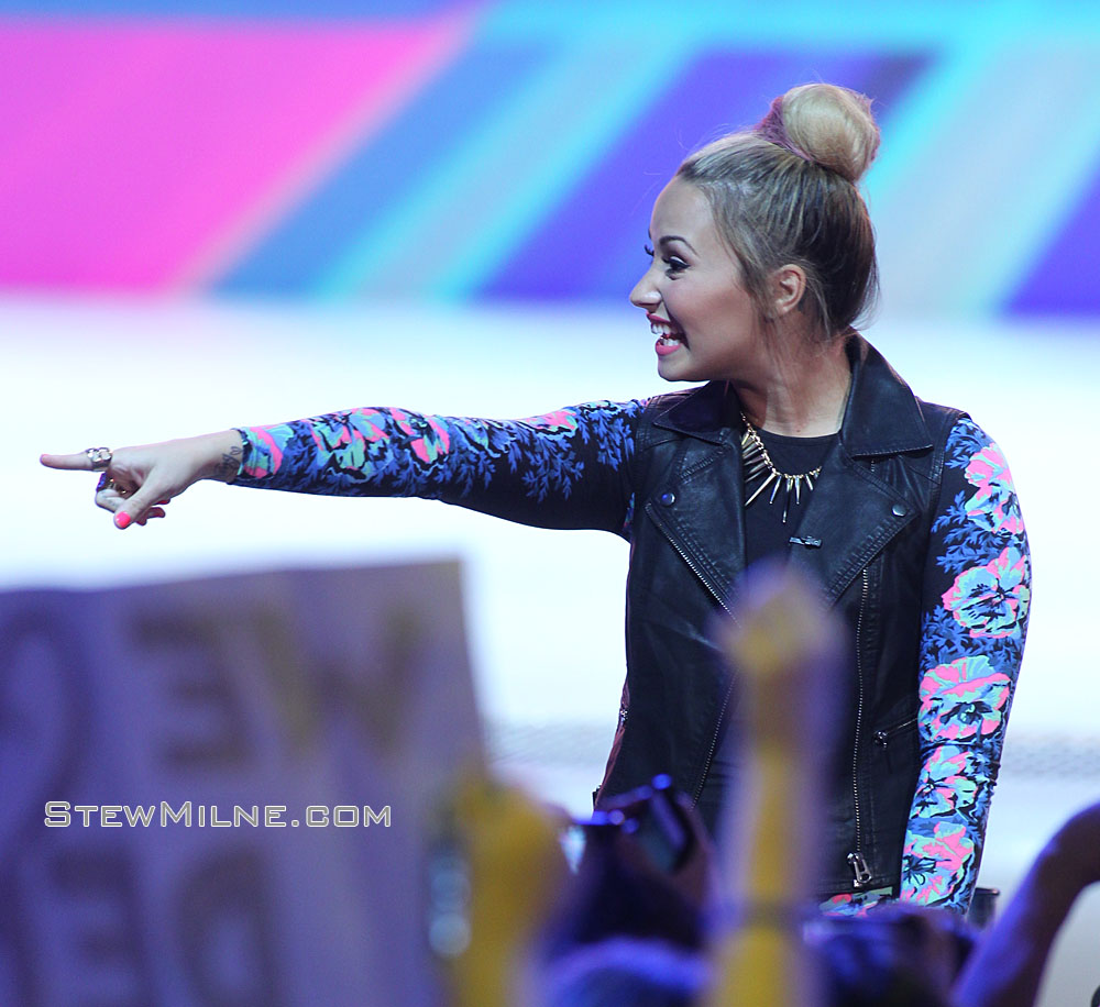 X-Factor Providence auditions - Demi Lovato